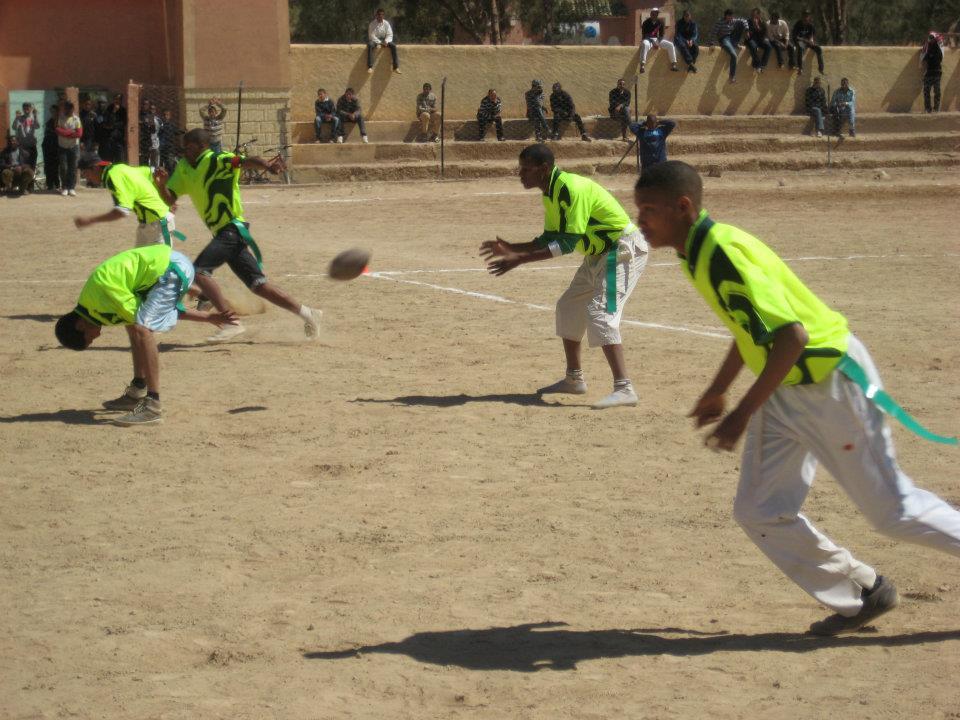 Une action du 1er match de flag football marocain
