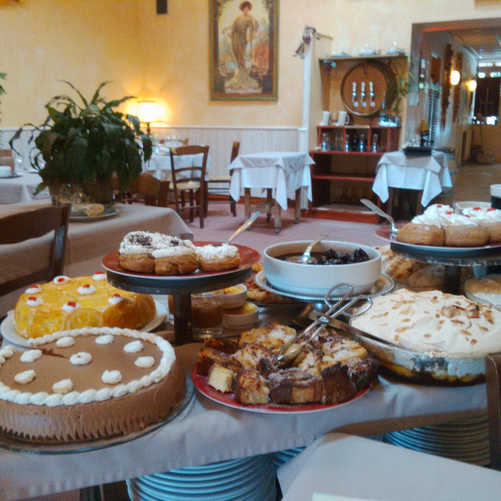 Le chariot de desserts (Crédit: Yanik)