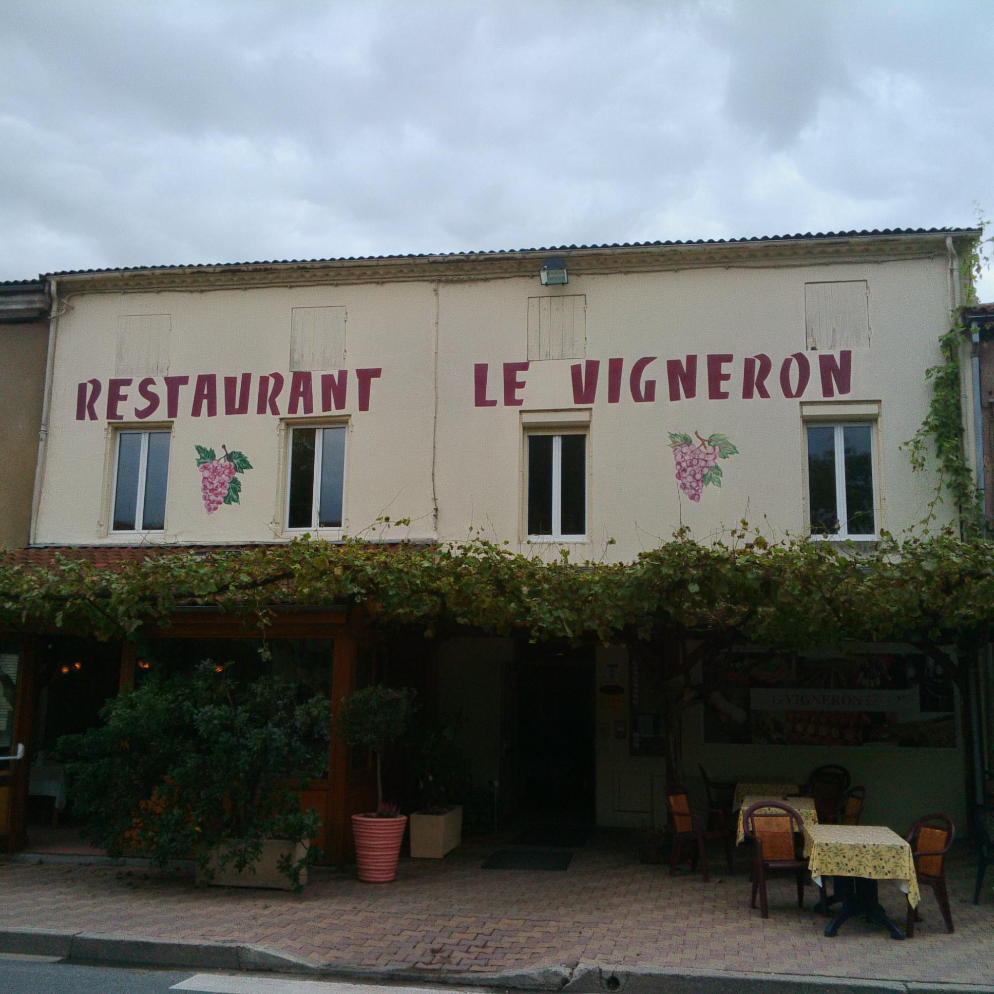 Le Vigneron à Buzet sur Baïse (Crédit: Yanik)